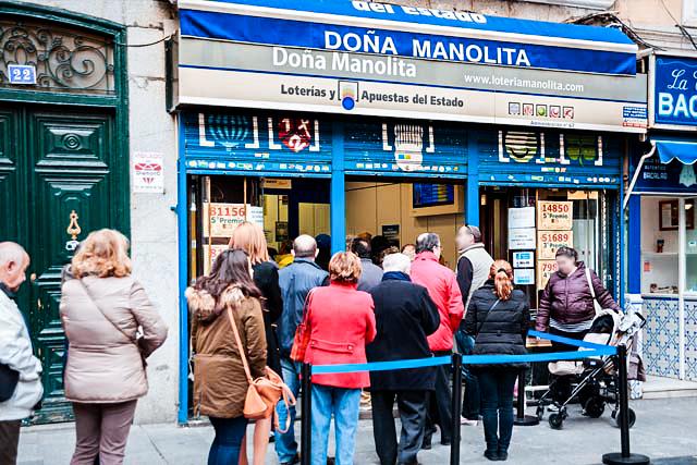 Doña Manolita en calle Carmen